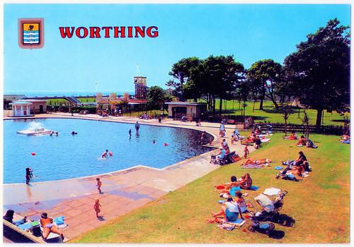 Worthing - Beach House Park