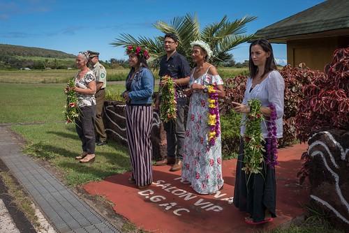 Ministra Valdés llega a Rapa Nui 03
