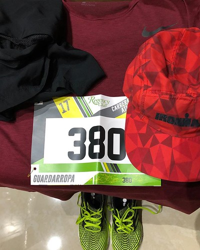 El ritual. #runningritual Mañana 21km + 9km para completar entreno de 30k. Regency Jurica #regencyjurica #Ultraman @ultramx515 #VidaUltra @tristoremx #ironmantri #ultramantri #thinkdifferent #Querétaro #México #Ironman #nopainnogain #strong #bike #bicicle