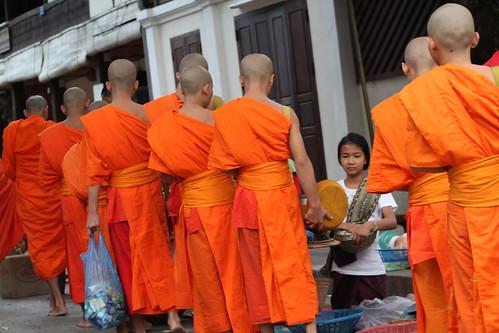 Van Ork Phansa monk procession giving alms-1
