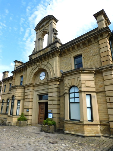 ENG2019 - Saltaire wool factory