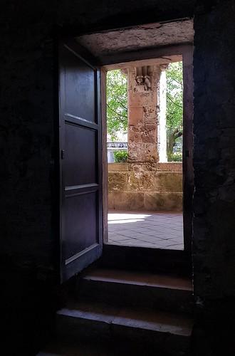La porta   -  The door