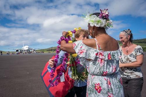 Ministra Valdés llega a Rapa Nui 04