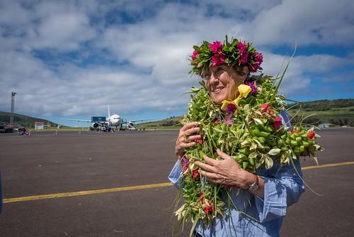 Ministra Valdés llega a Rapa Nui 01