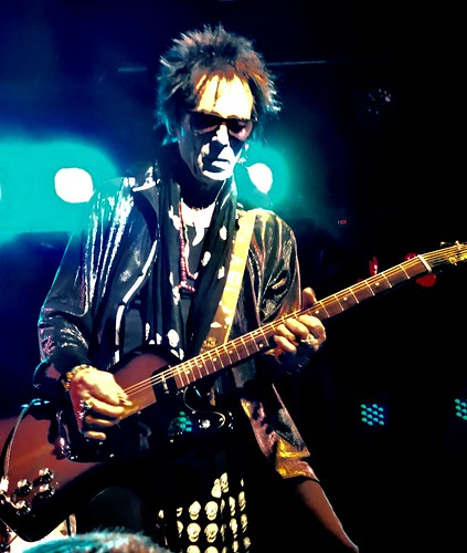 Ace 'guitar for hire' Earl Slick @ 229 London
