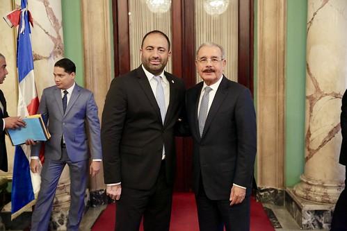 Presidente Danilo Medina recibe en Palacio Nacional a nuevos directivos de la Asociación Nacional de Supermercados de Nueva York