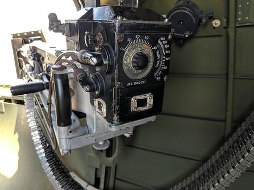 B-17 waist gun