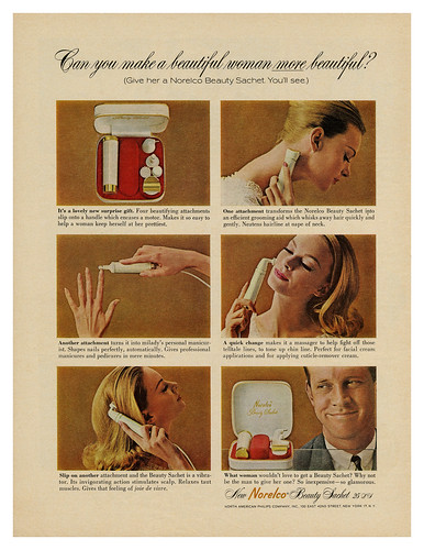 Norelco Beauty Sachet (1963)