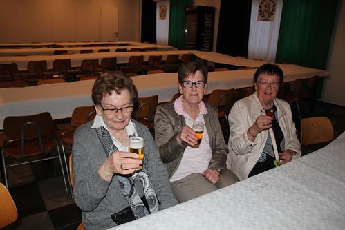 18.05.2019 Schützenfestsamstag in Mellrich nach dem Zapfenstreich RP (5)