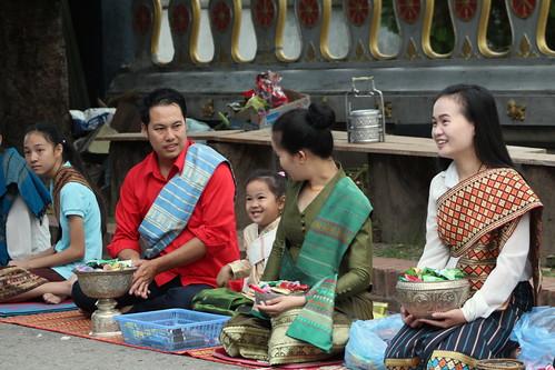 Van Ork Phansa monk procession giving alms