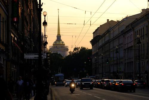 XE3F7840 - Avenida Nevski (San Petersburgo) - Nevsky Prospect (Saint Petersburg)- Невский проспект (Санкт-Петербург)