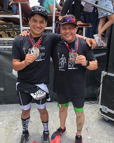 Con el buen @roberto_dona_cg Otra rayita al tigre 🐯 #Ultraman @ultramx515 #VidaUltra @tristoremx #ironmantri #ultramantri #thinkdifferent #Querétaro #México #Ironman #nopainnogain #strong #bike #bicicleta #swimming #Ultramantri #ultrarunning @ironma