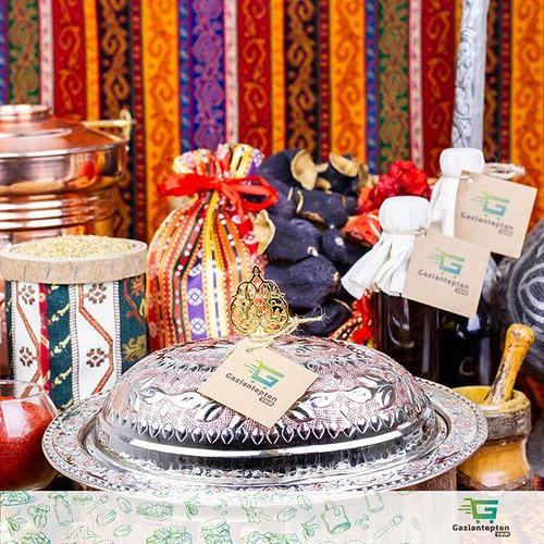 Gaziantep'in el işçliği bakırları Gaziantepten.com 'da . . . . . . . Hızlı Kargo & Faturalı & Güvenli Alışveriş . . . . . #yöreseltatlar #gaziantep #gaziantepmutfağı #antepmutfağı #gaziantepdeyince #gastronomi #mutfak #yemek #doğal #organik #lezzet #bakla