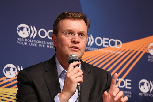 2019 OECD Forum: The Male Factor