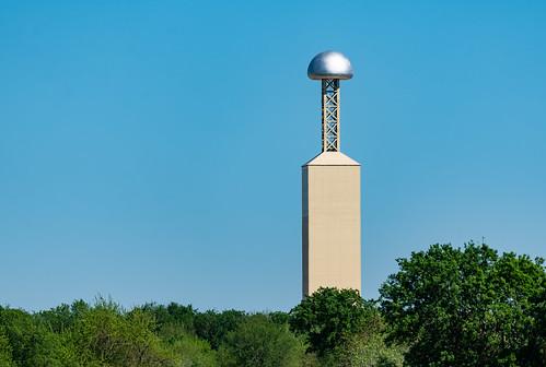 Wireless Power Transmission Testing 'Tesla' Tower - Viziv Technologies