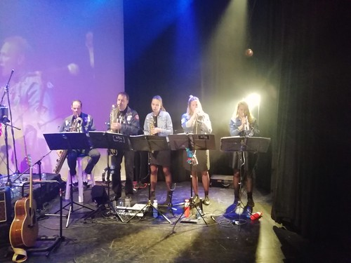 Orkest : The Blue Meanies