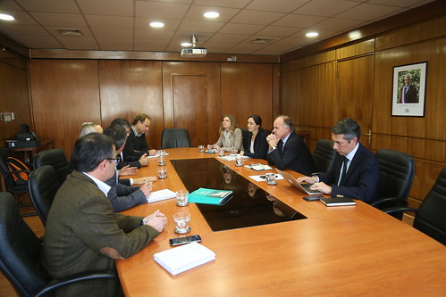Ministro Walker se reúne con Claudio Sarah