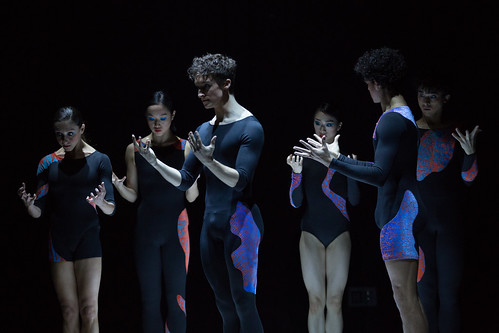 Artists of The Royal Ballet in New Work New Music, The Royal Ballet © 2019 ROH. Photograph by Alice Pennefather
