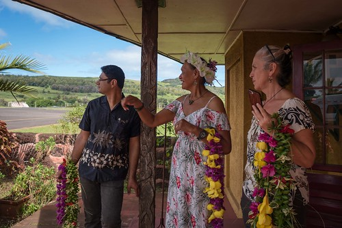 Ministra Valdés llega a Rapa Nui 02