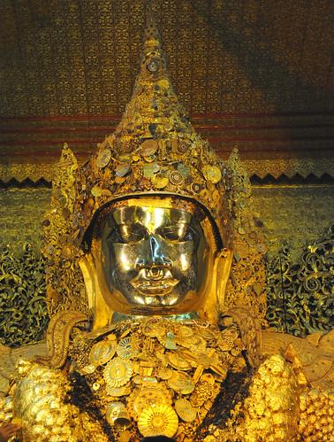 Maha Myat Muni  Paya, Mandalay, Myanmar (Birmania) D700 1157