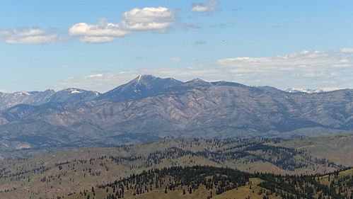 Four Mile Ridge - Stormy - Baldy with sawtooth Wilderness peaks in the background.