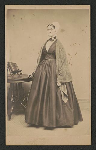 [Sybil Jones, Quaker missionary who nursed Union soldiers and Confederate prisoners in Philadelphia and Washington, D.C.] (LOC)