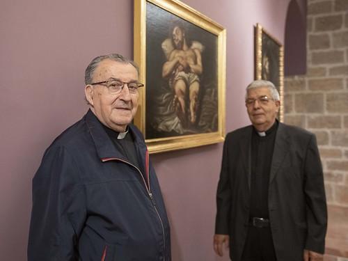 3 Aliaga y Sancho con cuadro Cristo Yacente Espinosa-press3