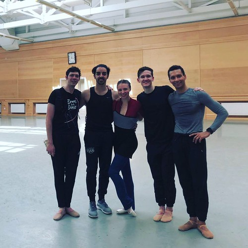 kcballet-dancers-moscow-2
