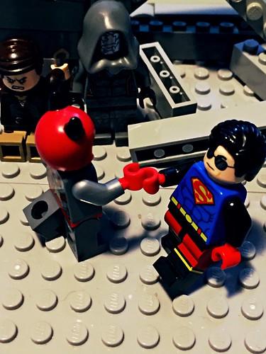 DC Universe: Superboy/Supergirl - 2.9 - Downward Spiral Part Four