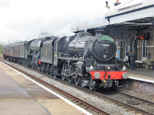 Black 5 #44871 and A3 #60103 'Flying Scotsman' on the 5Z73 1107 York N.R.M. to Southall Wcr - West Coast Railway Company service.