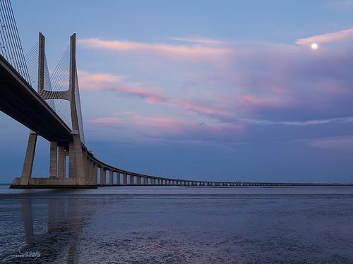 Puente Vasco da Gama 3