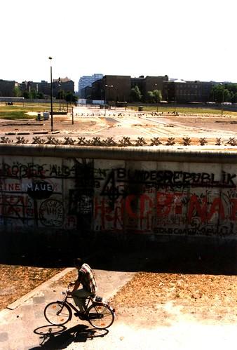 The Wall Berlin, 1983 une vue de l'ouest sur Potsdamer Platz
