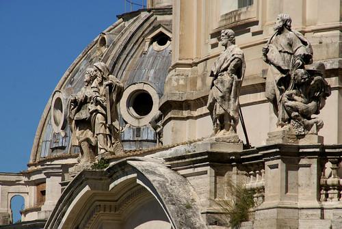 Rom, Piazza Madonna di Loreto, SS. Nome di Maria & Santa Maria di Loreto