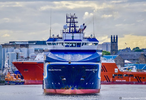 Highland Prestige - Aberdeen Harbour Scotland - 2019