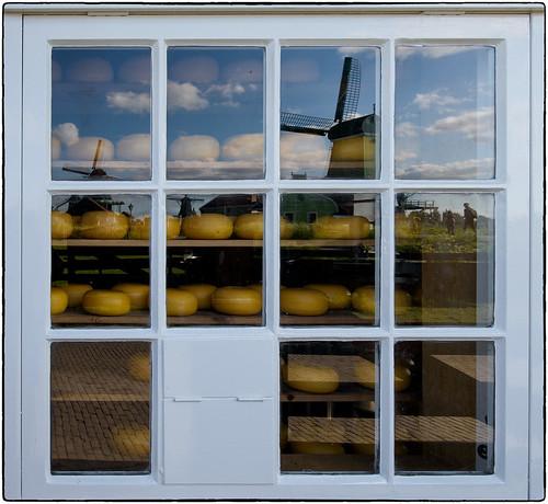 Holanda en una ventana.