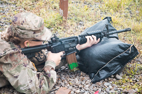 2nd Regiment, Advanced Camp Zeroes Their Weapons
