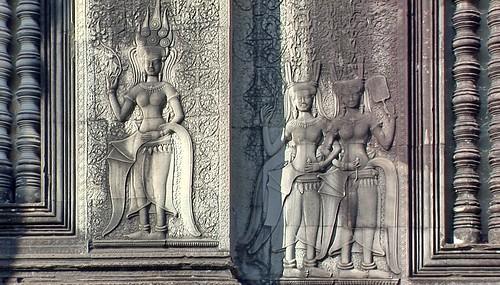 Cambodia - Temples Of Angkor - Angkor Wat - Devatas - 343