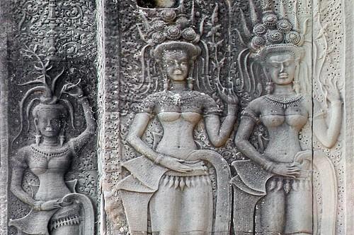 Cambodia - Temples Of Angkor - Angkor Wat - Devatas - 342