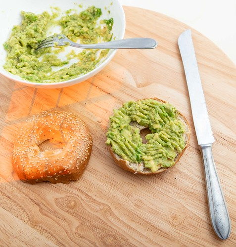 Bagel with mashed avocado