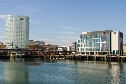 Belfast - Obel Tower & AC Hotel Donegall Quay