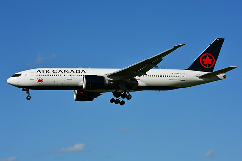 C-FNNH (Air Canada)