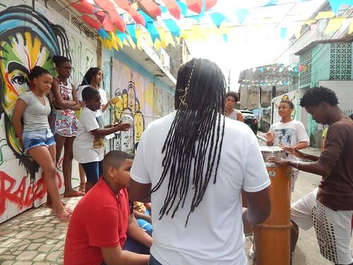 Oficina de música na Rua Santo Amaro