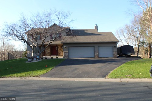 Mls# 5218861 Is A Nice Home Located In Eden Prairie, Mn. 4 Bedroom, 4 Bath Home Priced At $470,000.