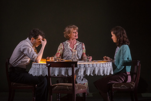 The Glass Menagerie _ Production Photos