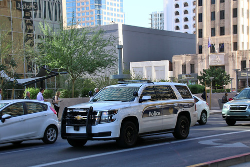 Phoenix AZ Photo:  Phoenix Police 511083 Chevy Tahoe PPV K-9 Supervisor On Central Ave In The Downtown Area
