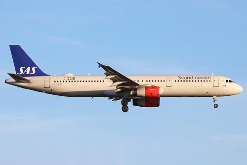 OY-KBK Scandinavian A321 at London Heathrow (LHR/EGLL)