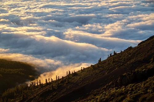 Por encima de las nubes Above the clouds