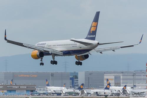 Icelandair Boeing 757-256(WL) TF-FIT Helgafell (720421)