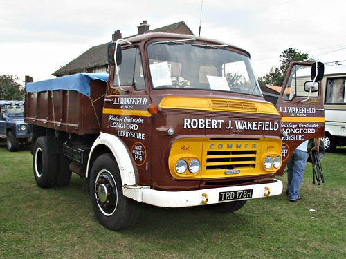 876 Commer TS3 Tipper (1970)