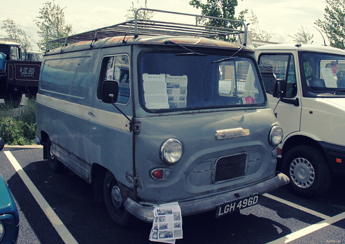 Austin J4 Van